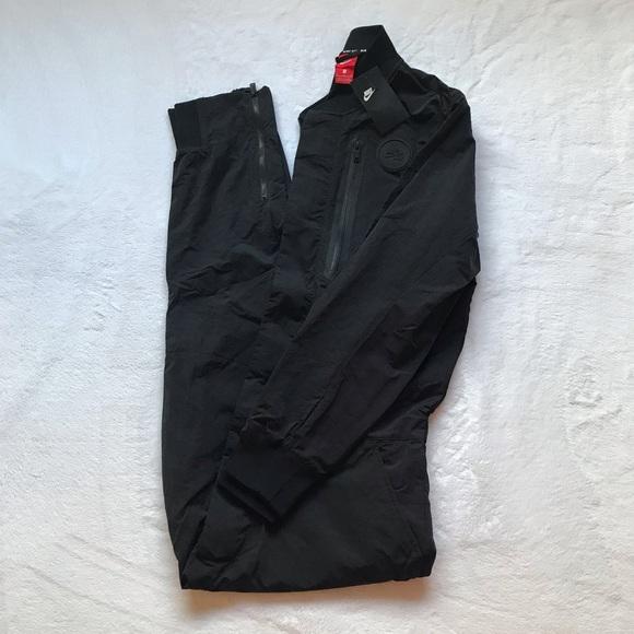 b4f4b212343 Nike Tech Air Full Body Men s Jumpsuit